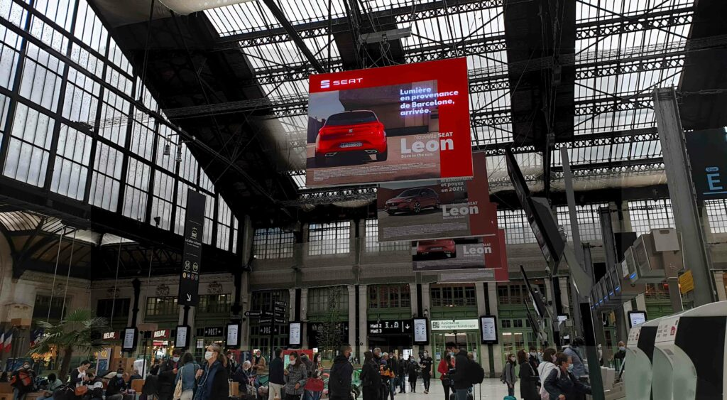 Dynamic LED Lightbox Signage for SEAT in Gare de Lyon, Paris
